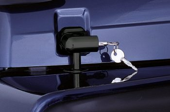 Κλειδαριά καπώ Wrangler 97-06 Set