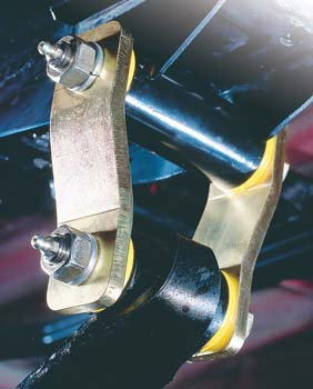 Σκουλαρικια για Σούστες Toyota Hilux πριν 1997 πίσω